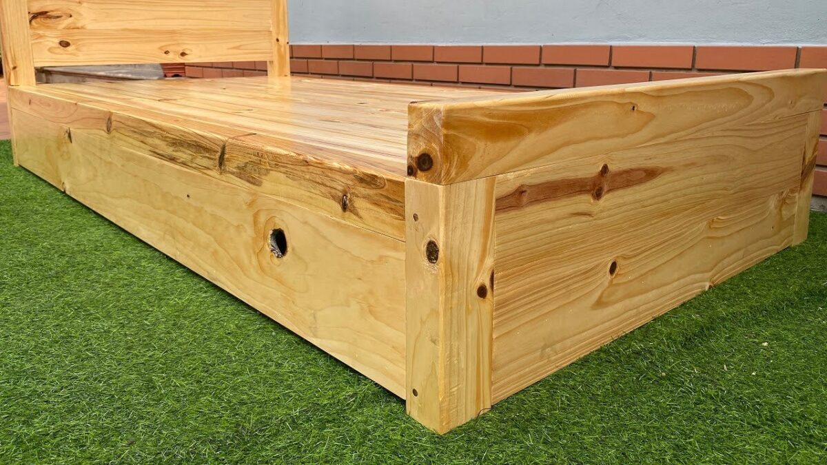 Great Woodworking Project// How To Build A Single Bed Frame With 3 Storage Drawers